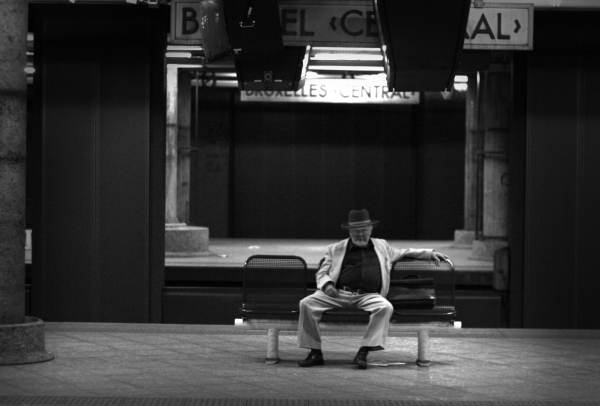 Old man waiting for his train (Brussels Central Station)