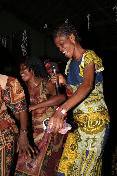 Women's dance group - Equateur province - DR Congo