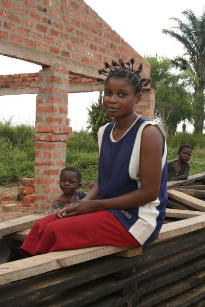 Congo (RDC) - girl with braids