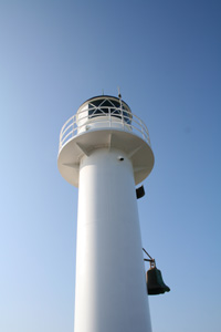 The lighthouse at the end of the Nieuwpoort pier (Belgian coast)