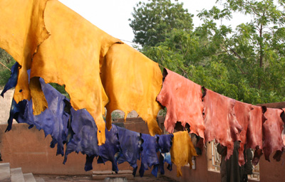 Coloured leather skins drying in Niamey (Niger)