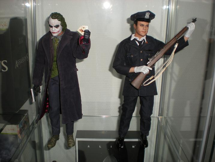 Hot Toys Joker Dx 01 Extra Body Police Joker Eu Seller